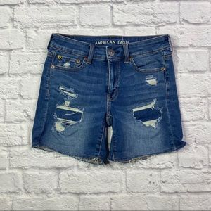 {AEO} Midi Distressed Shorts Sz 4